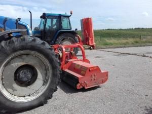 Tierre  Klepel maaiers, in de front de Trigrone Revers 300  en achter de TCL 200,  afgeleverd in de Schermer