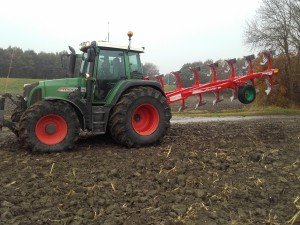 fendt 415 in combinatie met Ovlac Onland 8 schaar
